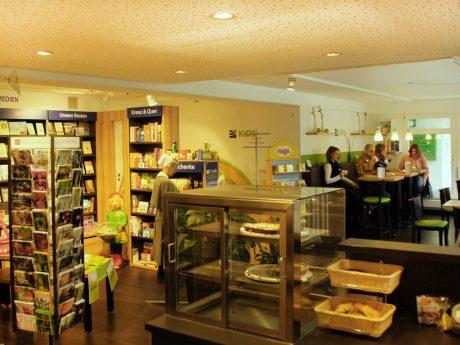 2016 Credo Buchladen und Cafe
